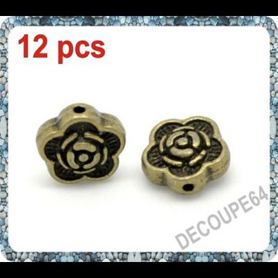 Lot de 12 Perles fleurs métal couleur bronze 7x7mm
