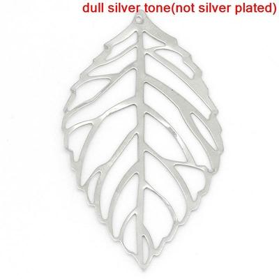 Lot de 10 pendentifs en  Forme Feuille Argent mat, 5.4cm x 3.1cm
