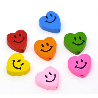 Lot de 6 jolies perles bois coeur visage souriant 18x16mm