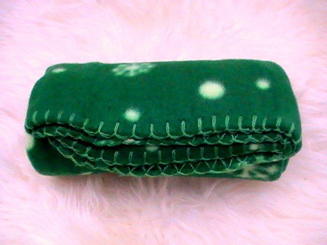Plaid vert pour chien couverture pour petit chien - Couverture pour petit chien ...