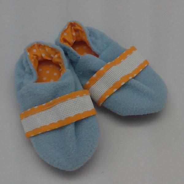 chaussons bleu jaune
