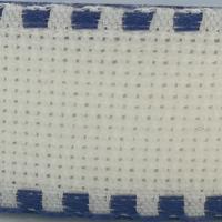Galon aida coloris blanc avec feston bleu foncé 3 cm