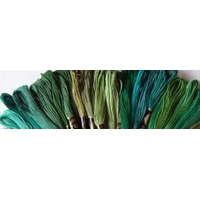 Lot 50 échevettes vert