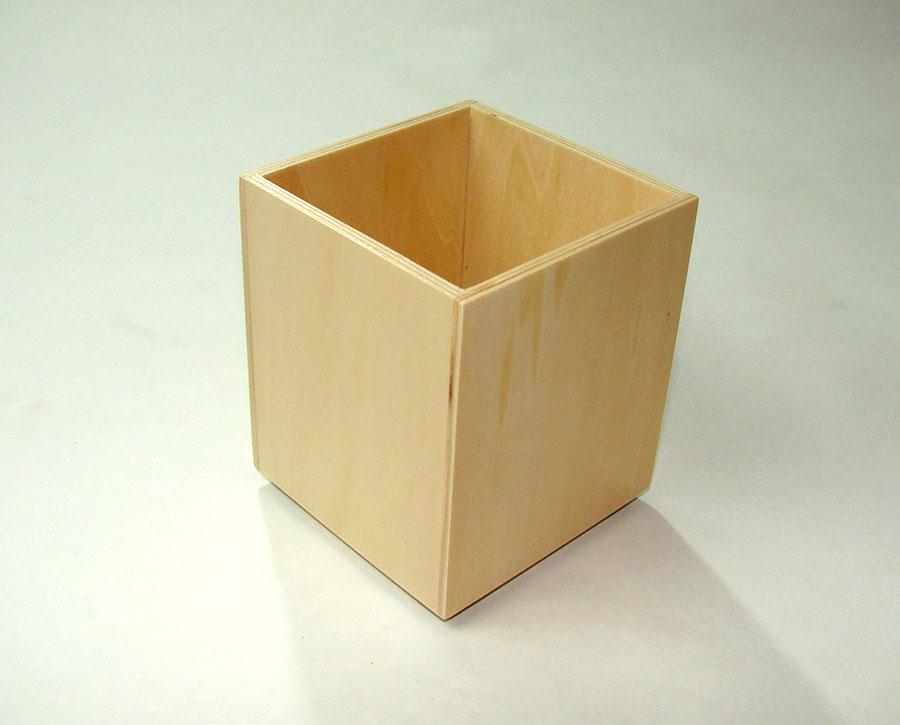 Pot crayon bois clair pour bureaux for Boite en bois a decorer pas cher