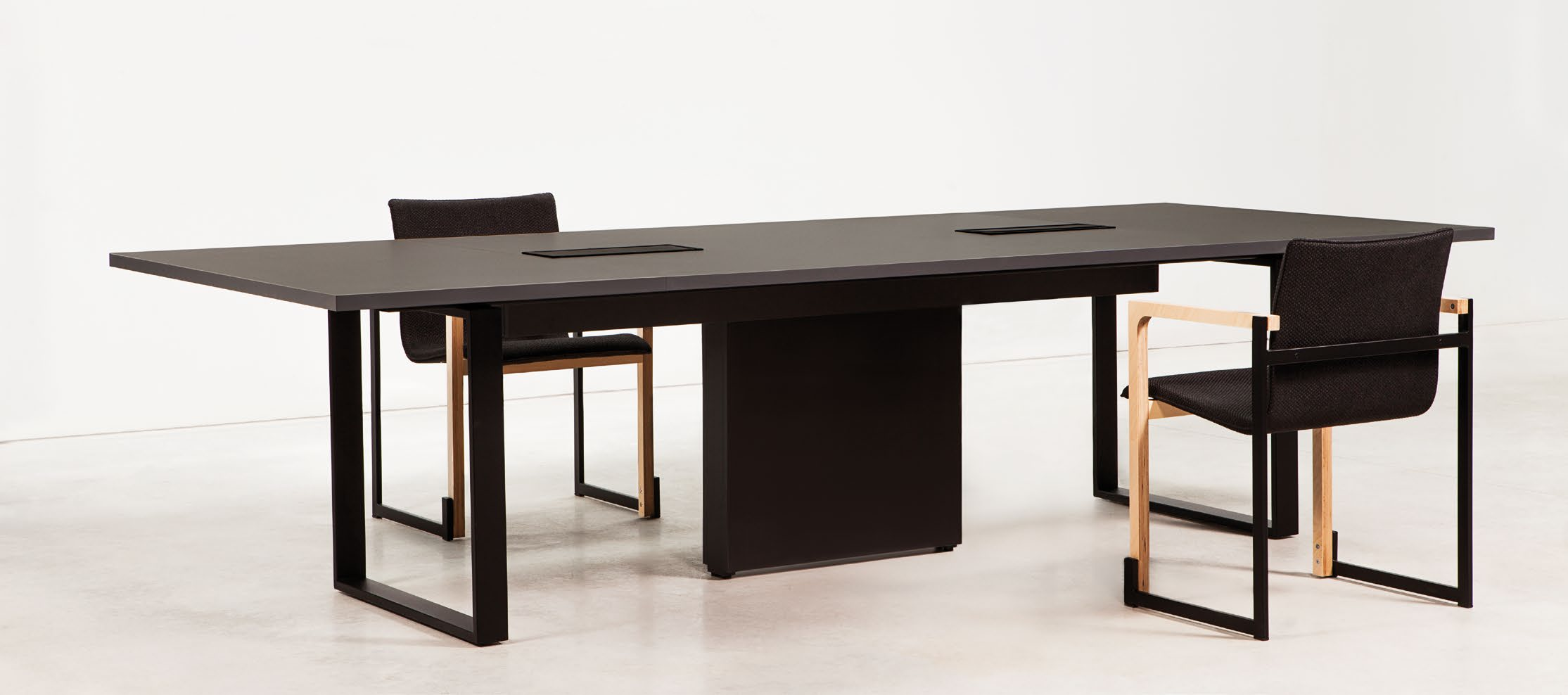 Table de réunion design Bat avec top access