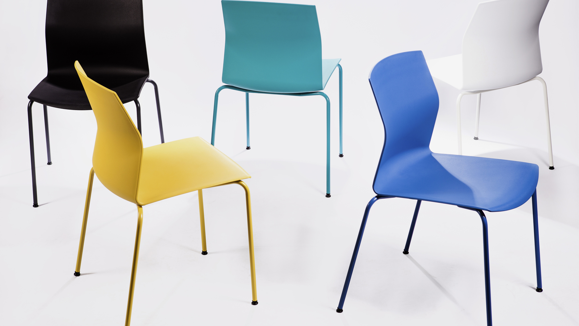 Chaise Empilable Color Et Confortable Loading Zoom