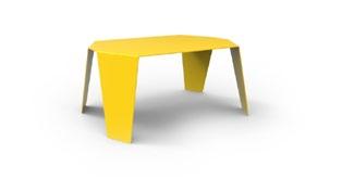 Table basse colorée