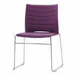 chaise-de-conférence-tapissée-sur-piqure-avec-tablette-jaune-violet