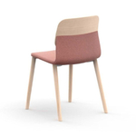 chaise design en bois tapissée klik