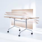table de bureau pliable à roulettes