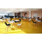 chaise design pied bois coque bois tauko salle de cafétéria