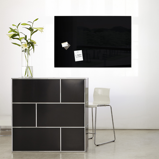 tableau noir magn tique en verre. Black Bedroom Furniture Sets. Home Design Ideas