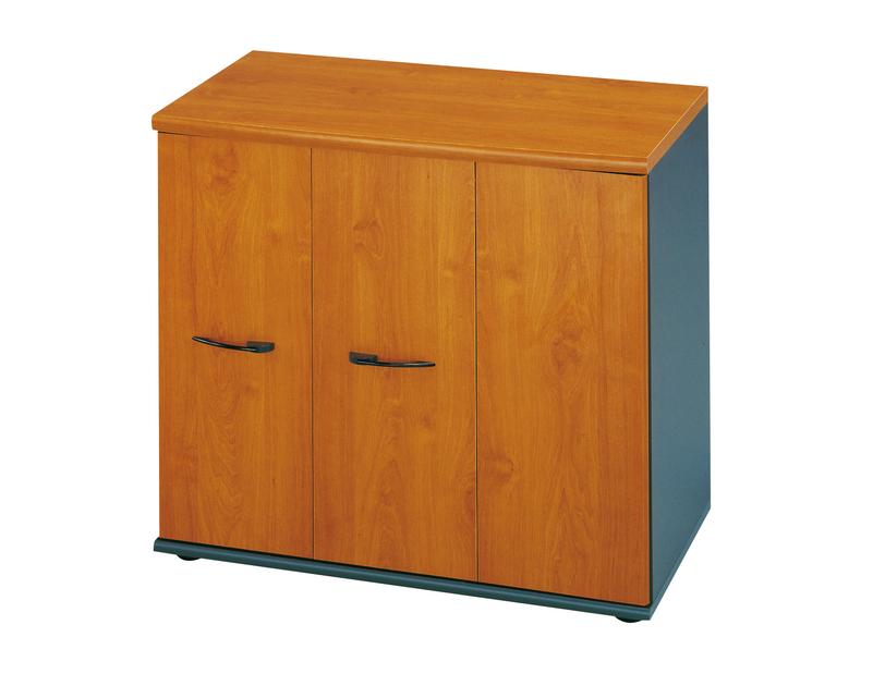 Jazz aulne rangement bas 3 portes rangements meubles bas for Meuble en aulne