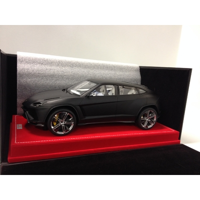 LAMBORGHINI URUS 1/18 MR COLLECTION