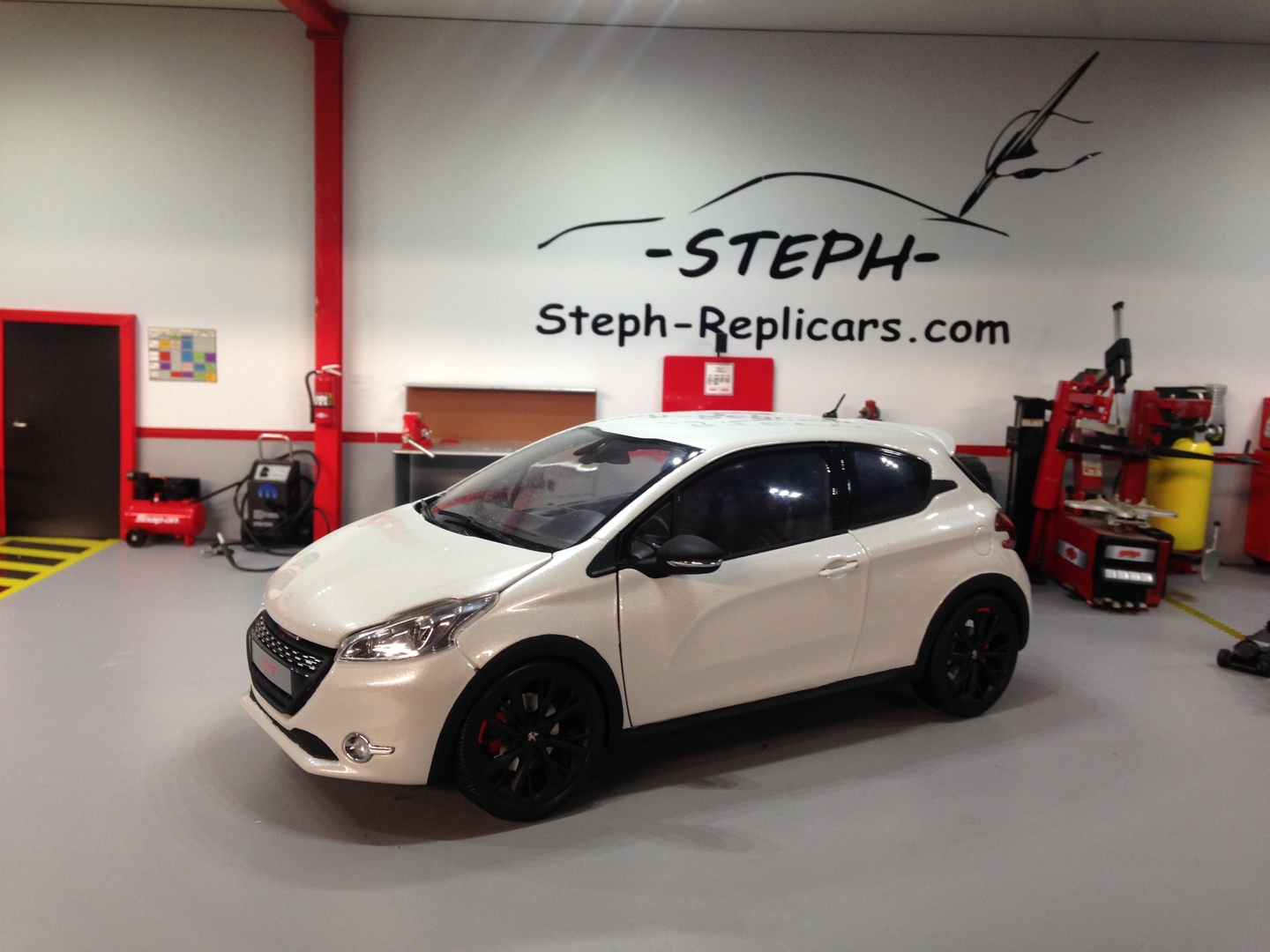 1 18 jantes peugeot 208 gti 30th pi ces d tach es spare parts jantes rims steph replicars. Black Bedroom Furniture Sets. Home Design Ideas