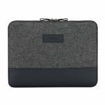 surface-pro-2017-carnaby-essential-sleeve-black-front (1)