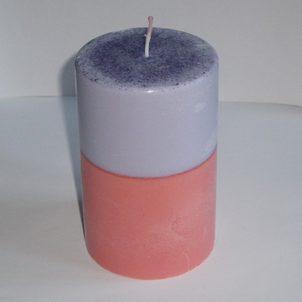 bougie violette et orange ronde pilier en cire de soja. Black Bedroom Furniture Sets. Home Design Ideas