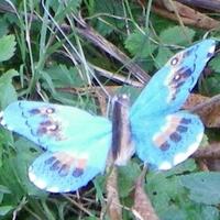 PAPILLON solaire Bleu 7cm Socle incliné