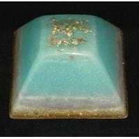 ORGONITE GRANDE PYRAMIDE INCA Bleu-ciel