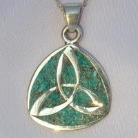 Pendentif Croix Celte en argent avec incrustations de Turquoise