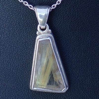 Pendentif-Argent-quartz-rutilé-forme-trapèze
