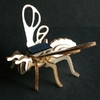 503-maquette-abeille-solaire-en-bois