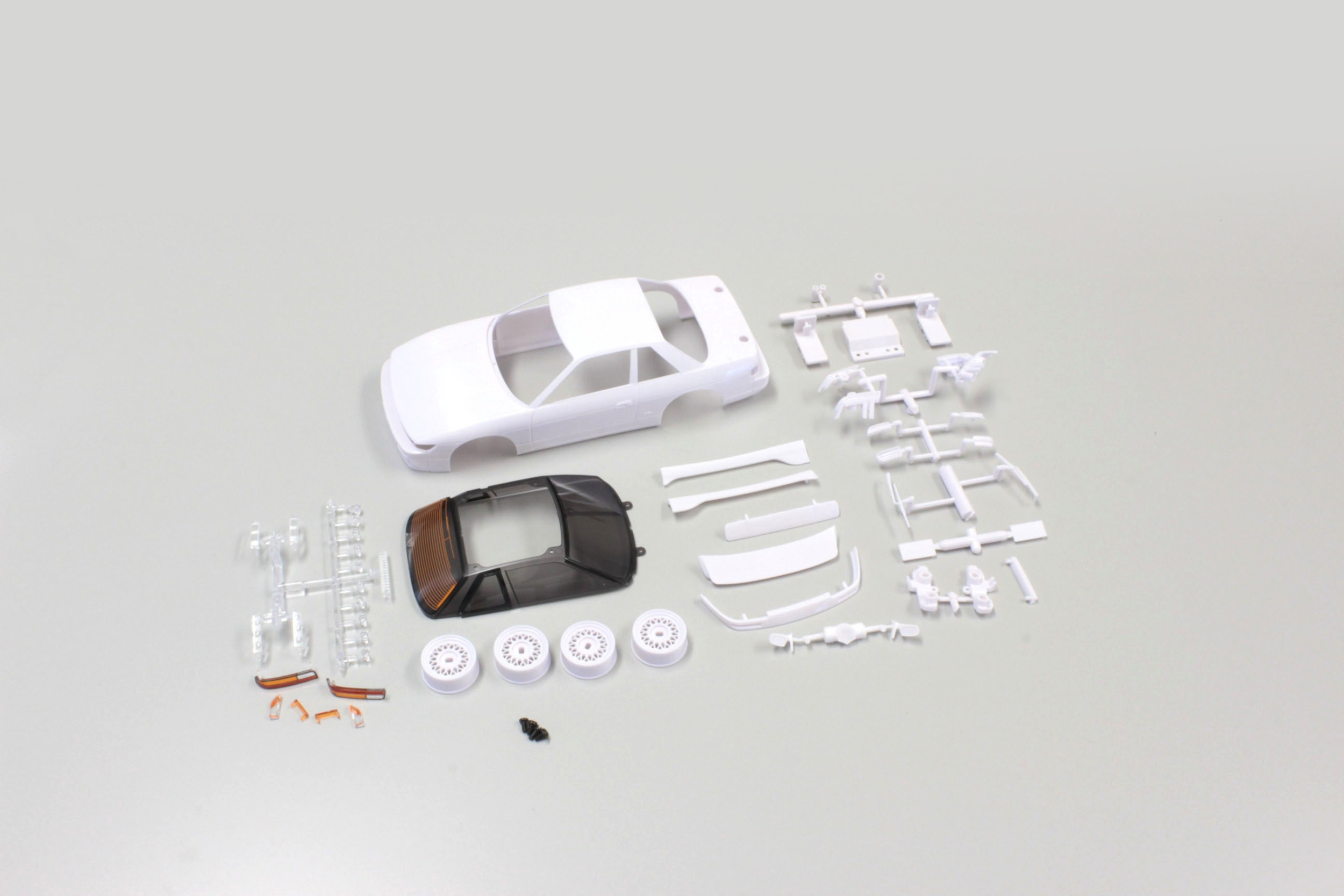 CARROSSERIE NISSAN SILVIA S13 MINI-Z + JANTES 4WD (A PEINDRE), MZN178