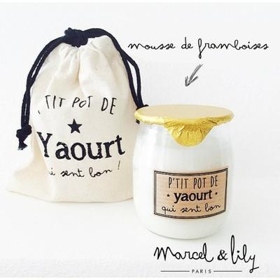BOUGIE PETIT POT DE YAOURT PARFUM MOUSSE DE FRAMBOISES