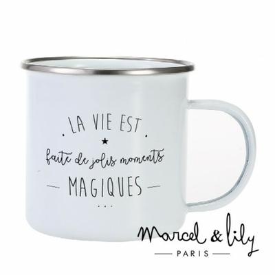 TASSE EMAILLEE LA VIE EST FAITE DE JOLIS MOMENTS MAGIQUES