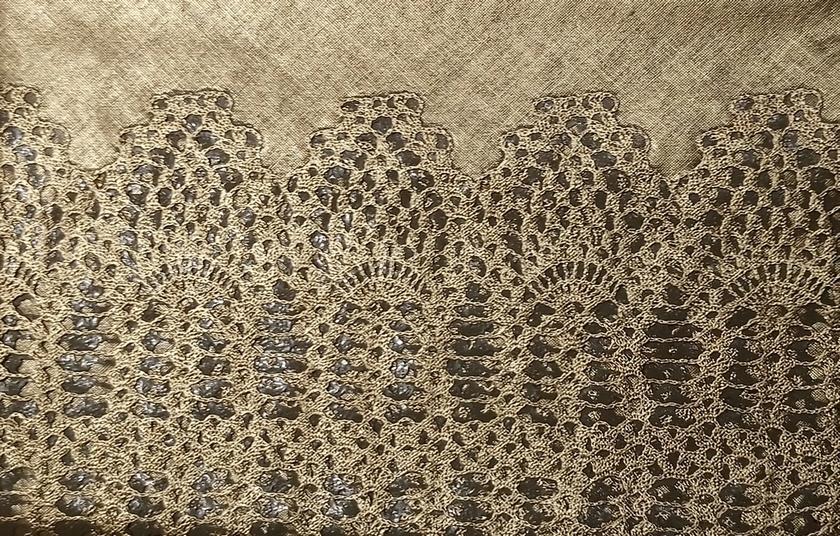 nappe dor e motif dentelle qualit vinyle et dimensions150x264cms. Black Bedroom Furniture Sets. Home Design Ideas