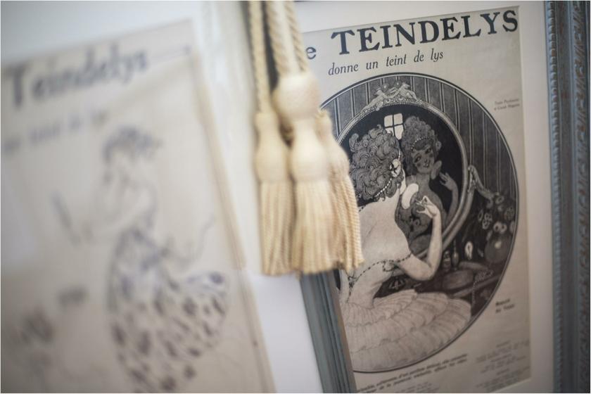 HISTOIRE DAVANT CADRE RETRO VINTAGE  TEINDELYS