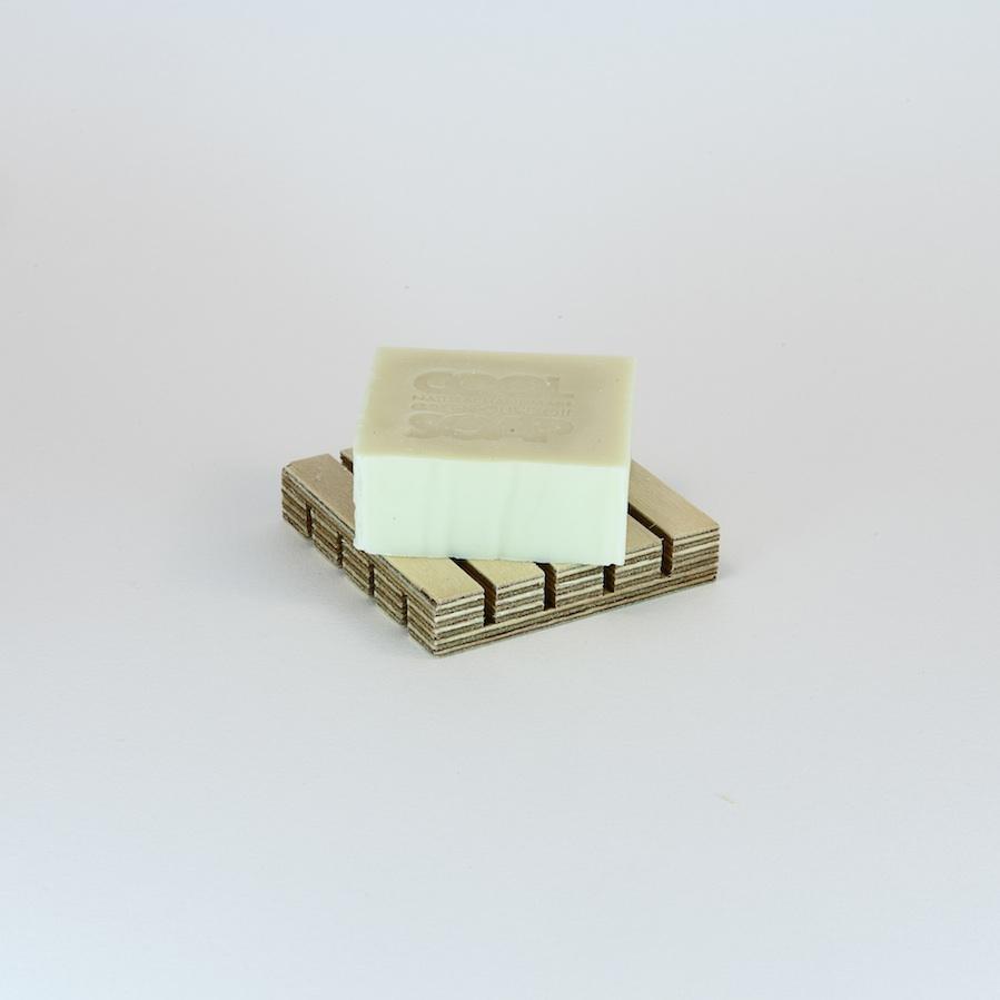 porte savon bois carr savons surgras epicerie grecque pantopoleio. Black Bedroom Furniture Sets. Home Design Ideas