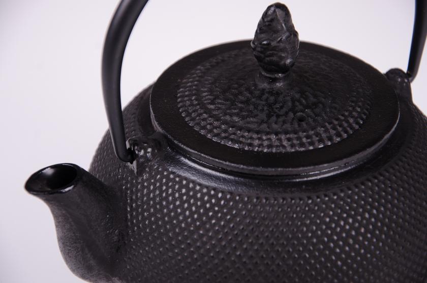 th i re japonaise noire en fonte 1 2 l th i res paondora votre th au quotidien. Black Bedroom Furniture Sets. Home Design Ideas