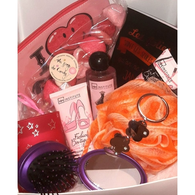 La Girly Box