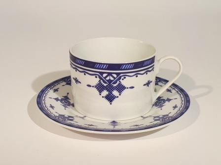 Tasse et sous-tasse Point Bleu GM