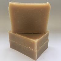 1 KG Mélange de Savons (Avocat et Macadamia) et Shampooing Cheveux secs et abîmés