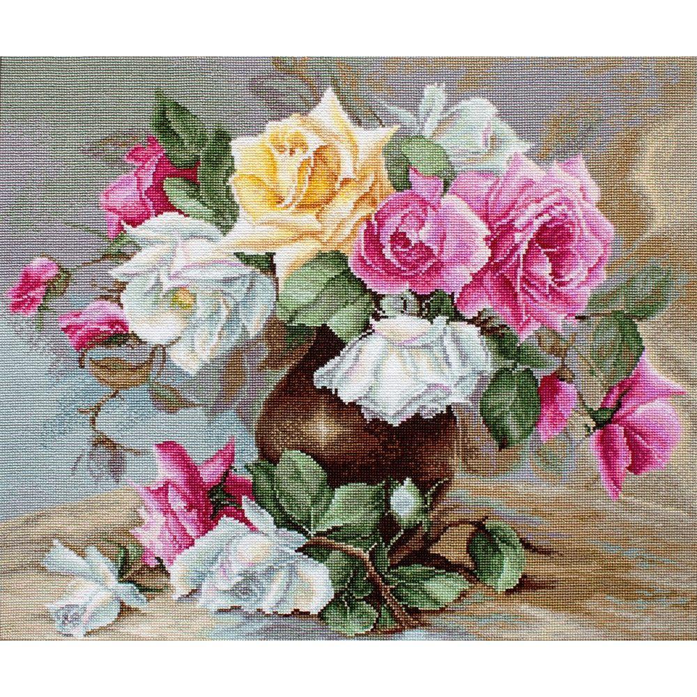 Vase avec des roses  B587  Luca-S