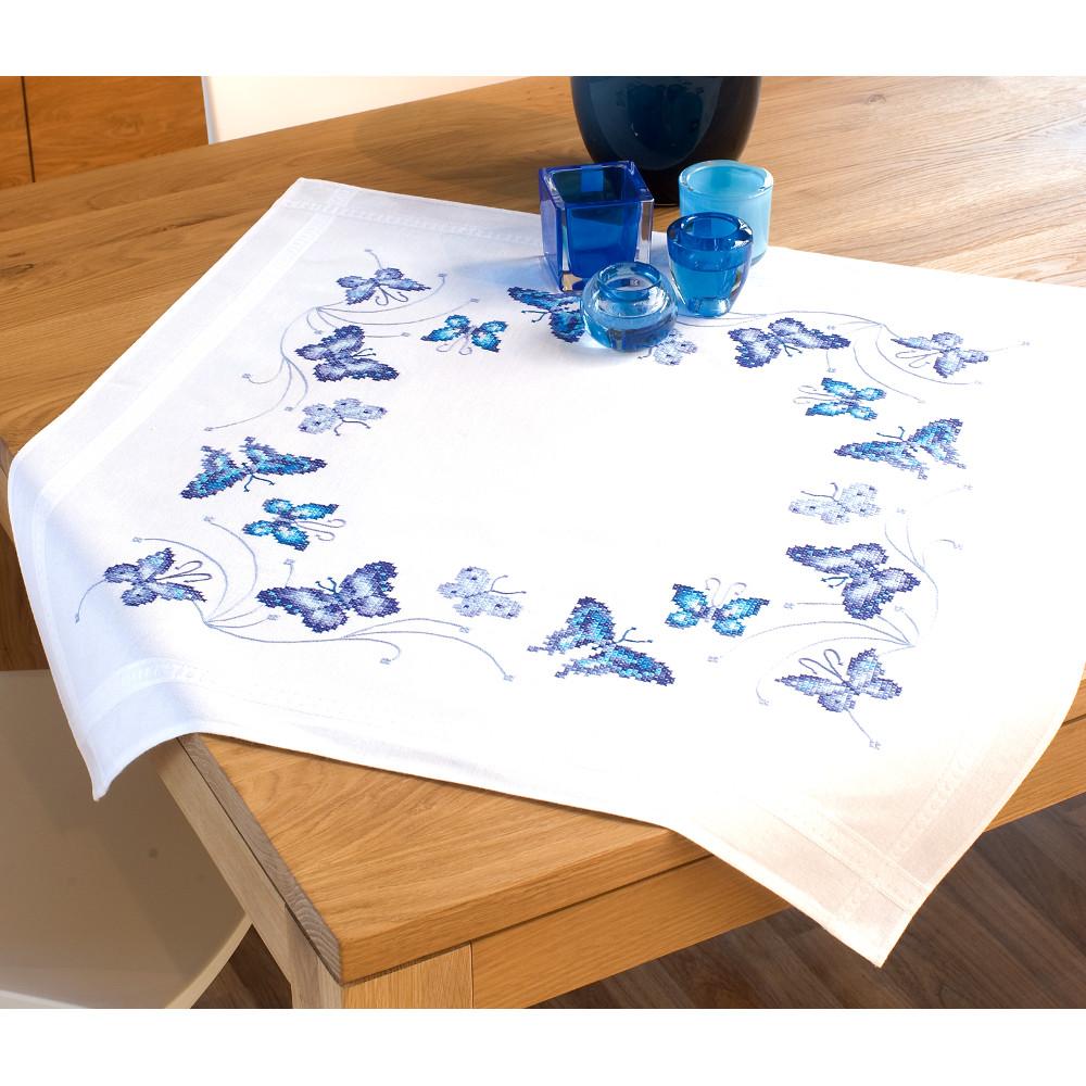 papillons bleu 0145088 kit de broderie par marque vervaco. Black Bedroom Furniture Sets. Home Design Ideas