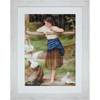Jeune fille jouant avec des pigeons - LUCA-S B516