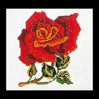 Thea Gouverneur  817A  Rose Rouge  Aïda