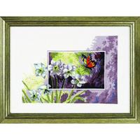 Papillon sur fleur blanche - Permin 12-3195 - Kit Aïda