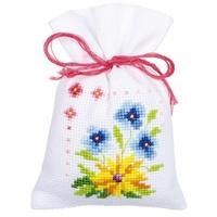 Fleurs et papillons  0154964  Vervaco