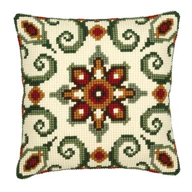 Coussin point de croix Motifs géométriques verts et bruns - Vervaco PN-0008595 sur www.la-brodeuse.com - Livraison offerte dès 65 € d'achats.