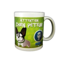 MUG HUMORISTIQUE ATTENTION CHIEN PETEUR