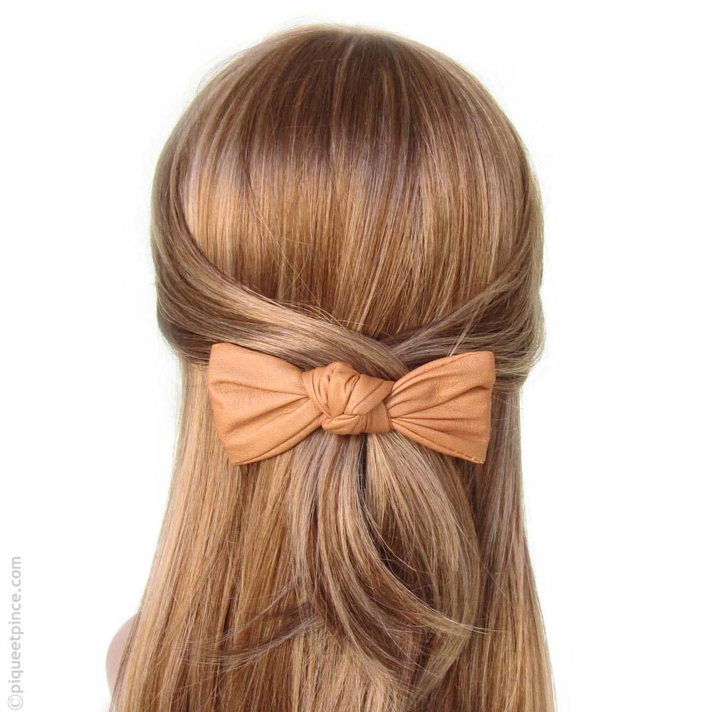 barrette à cheveux noeud - couleur pêche façon cuir