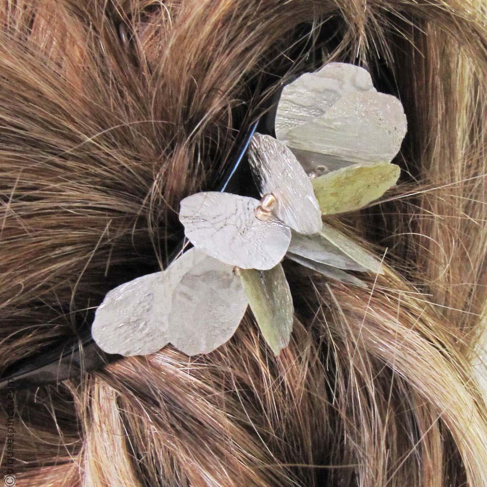 barrette à cheveux pétales argentés