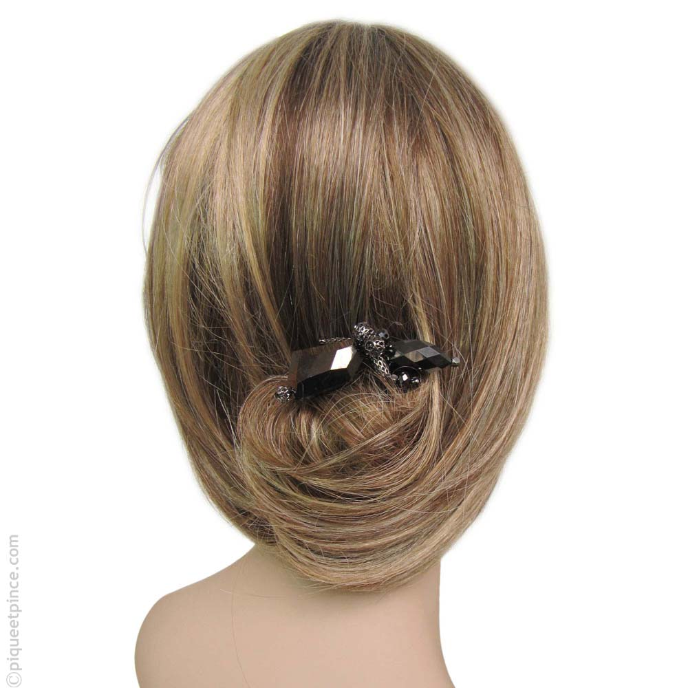 Pic cheveux cantate hèmatite