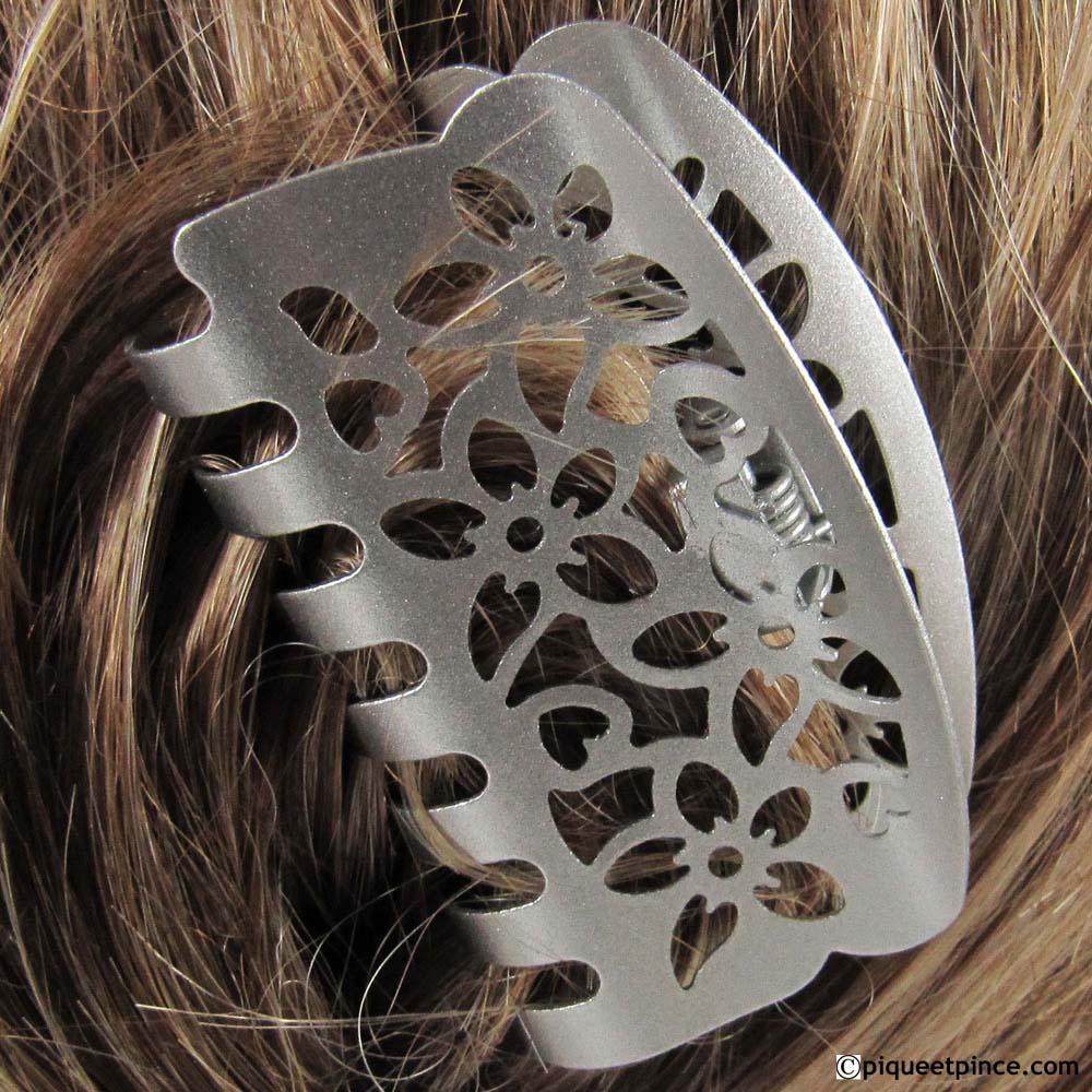pince à cheveux métal