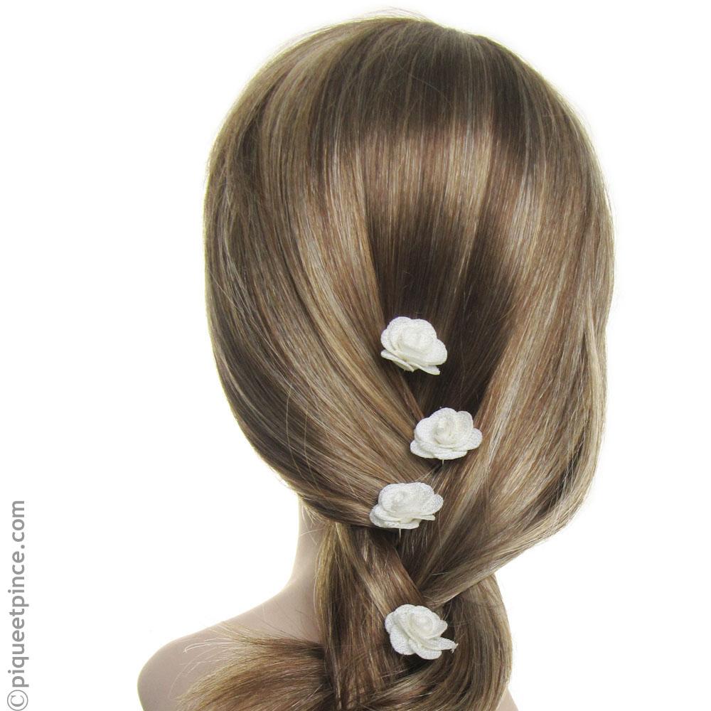 Pic fleur blanche pour coiffure de mariée