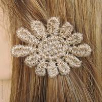 Barrette cheveux fleur crème et or